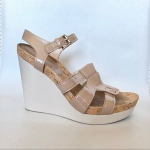 ❤️ Coach nude patent leather sandals wedges shoes